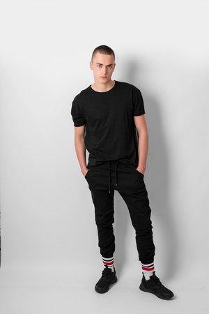 Black basic t shirt 7603aa