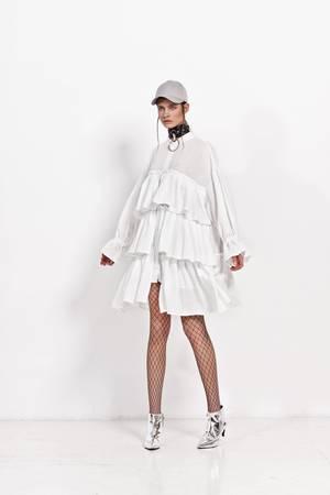 Sukienka z falanami