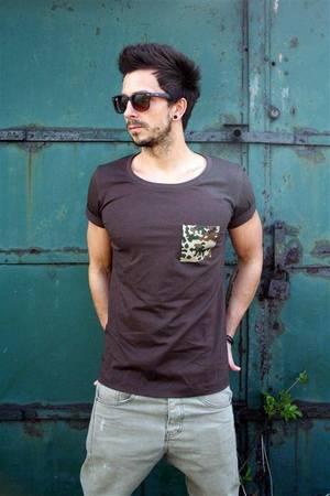 T shirt one pocket tee unisex kolory