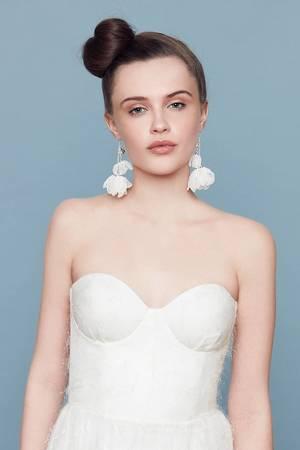 Ailinon earrings