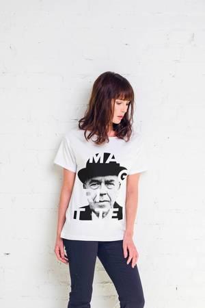 Magritte artist t shirt oversize