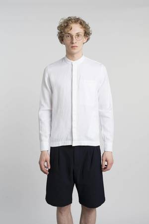 Confident white overshirt