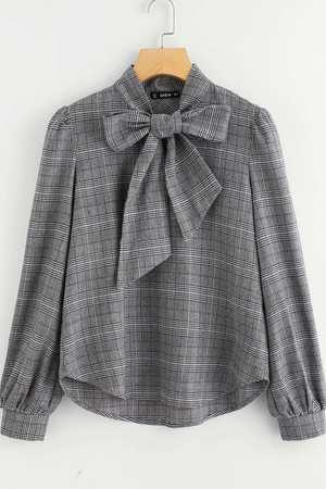Bluzka damska w kratke z krawatka
