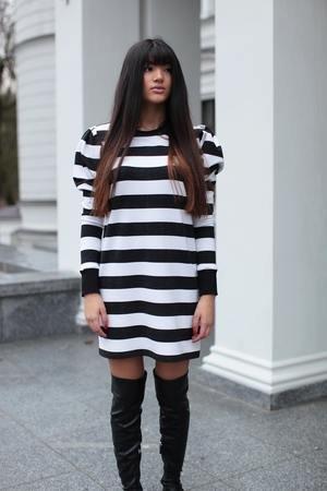 Sukienka z bufkami chiara stripe