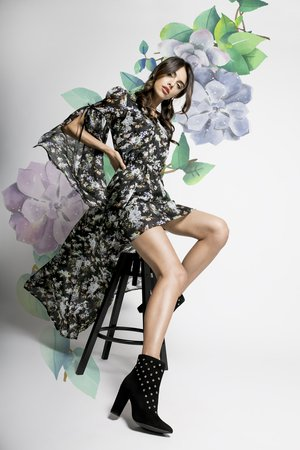 Chou dluga jedwabna sukienka butterfly effect