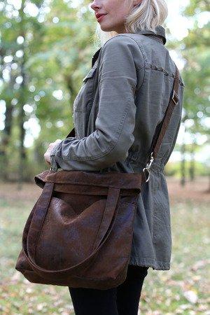 71e8bd59af1f4 Karolina Audycka - Brązowa torba z zamszu ekologicznego z regulowanym  paskiem ...