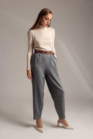 Spodnie z wysokim stanem